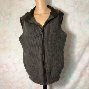 L.L. BEAN 100 % Merino Lamb's Wool Zip up Vest L
